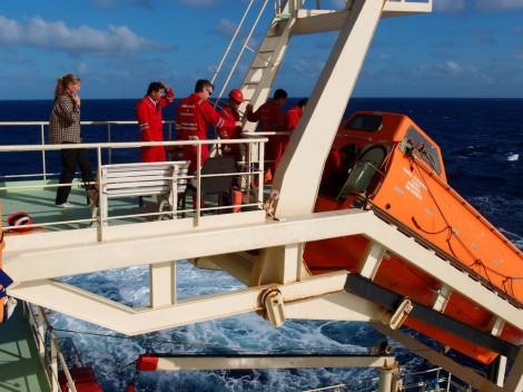Willkommene Abwechslung: Die Rettungsübung. Feueralarm, Evakuierung und alle Mann aufs Rettungsboot!