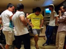 Schwing das Tanzbein: Party in der Crewmesse